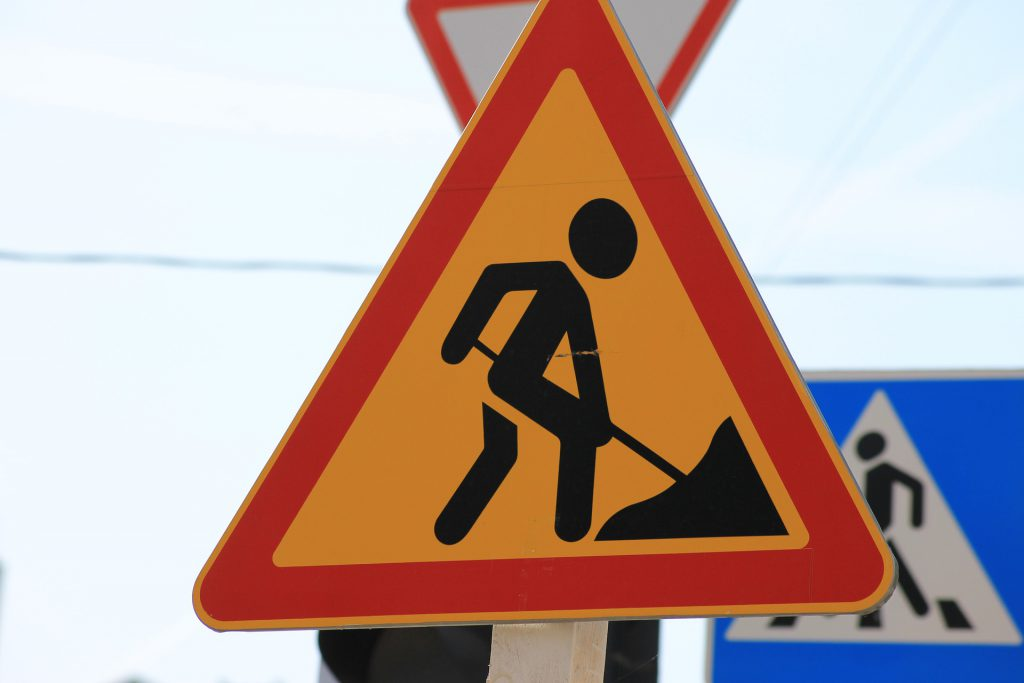 Znak roboty drogowe